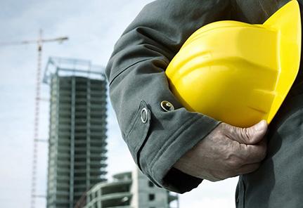 去现场一定要戴好安全帽 -安全帽对工人来说是最重要的帽子